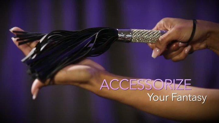 Midnight bling flogger by Sportsheets - Commercial